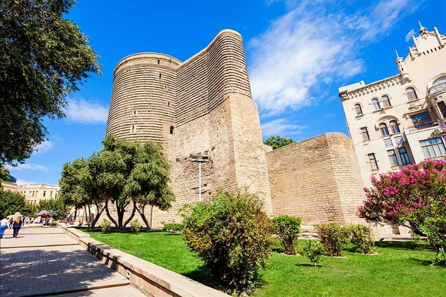چند جاذبه پیشنهادی برای بازدید در شهر باکو